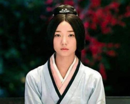 西夏皇帝李谅祚13岁时爱上表嫂,最后还把表嫂一家杀光