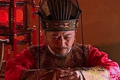 万历皇帝朱翊钧耍酒疯,李太后拿出一部书被吓傻了