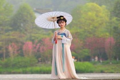 古人穿衣服和现代的有什么区别 连颜色和花纹都有具体规定