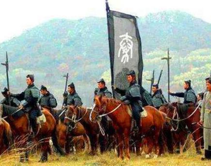 为什么春秋战国晚期的诸侯国都普遍的看不起秦国呢