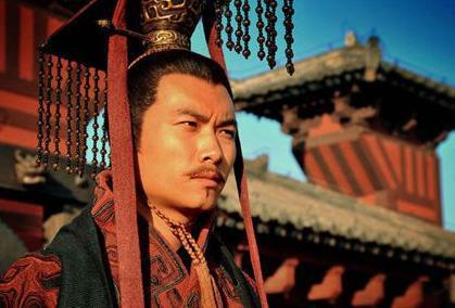 王莽和曹丕都是接受了汉室皇帝的禅让 两人为什么有不同的评价