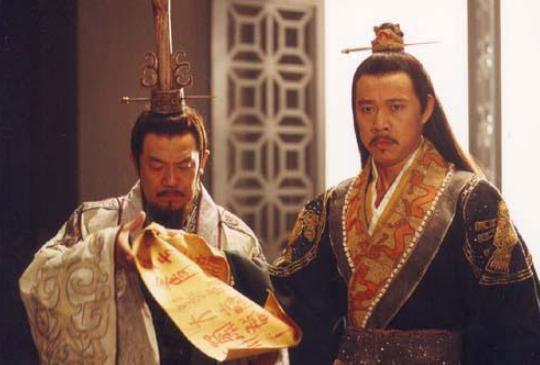 历史上的秦朝真的经历3代了而亡吗?