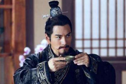 刘安杀妻煮肉请客,刘备吃得哀伤痛哭