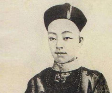李鸿章手握大权为什么不支持光绪帝 而是让慈禧当道呢