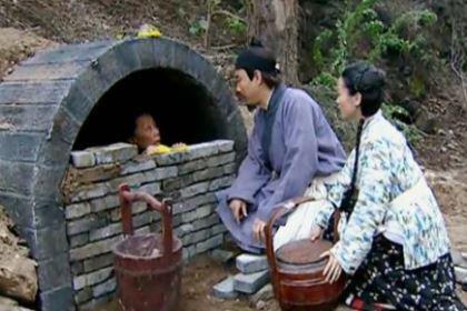 """葬礼""""瓦罐坟""""的习俗是怎么样的?哪些地方有这个习俗?"""