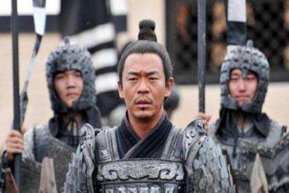 皇帝想杀了功臣,他的10岁小孙子说了一句话,后来被满门抄斩