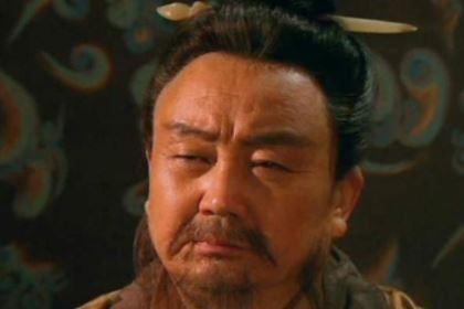 曹丕任命贾诩为太尉,为什么孙权却笑了?