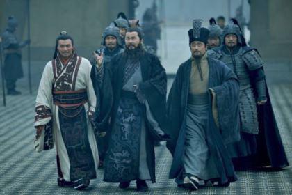 赤壁之战曹操大败,他的四大谋士没出主意吗?