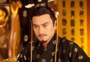 赤眉军投降后,为什么刘秀先让其吃饱?不谈国事呢
