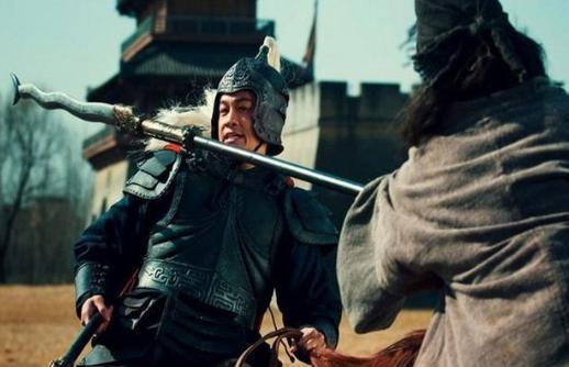 虎牢关三英战吕布!如果关羽刘备不上前,张飞能撑多久?
