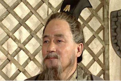 张昭劳苦功高,孙权为什么拒绝他担任丞相?