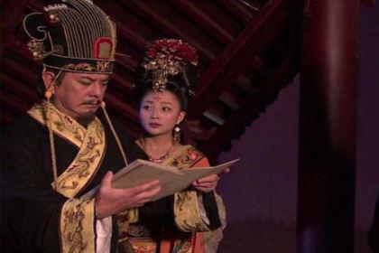 李白给杨贵妃写诗,他的大好前途怎么葬送的?