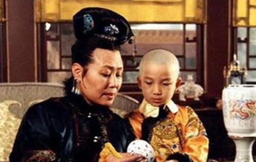 一辈子不得宠爱的康熙生母,被尊为太后之后,为什么4个月便去世?