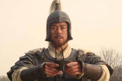 甘宁轻而易举就拿下曹洪,为何马超五十回合都赢不了他?