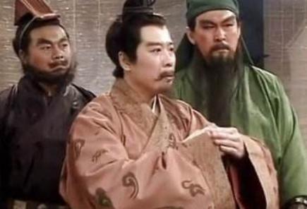 他们两人一个可敌吕布,一个胜过关羽 为什么刘备会放弃他们呢