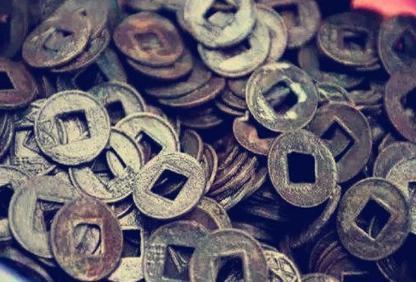 三国时期用的钱币是什么样的 这三个政权的货币是怎么流通的