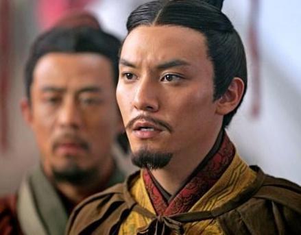 赤壁之战的功臣是谁 是周瑜还是孔明
