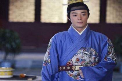 历史上藩王造反是常有的事 为何到了清朝就没有亲王作乱呢