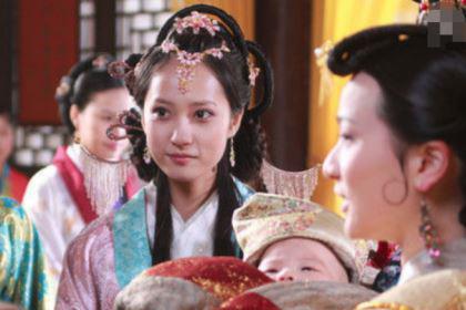皇帝宠幸太后的丫环,太后知道了是怎么做的?