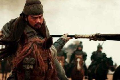 唯一让关羽心甘情愿下跪的武将,张辽到底做了什么?