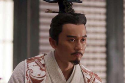 曹操的儿子都挺厉害,为何刘备的儿子那么笨?