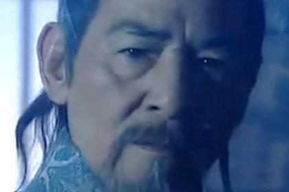 铁掌帮上任帮主上官剑南是抗金名将韩世忠部下的将领,他死后,铁掌帮就开始助纣为虐!