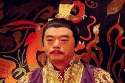 皇帝嘲讽爱妃,妃子生气当晚就闷死皇帝