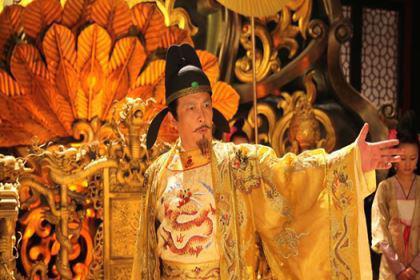 唐代最憋屈的皇帝,苦熬25年终于结束太子身份,登基仅三月就成太上皇?