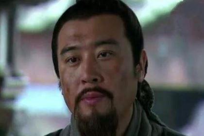 诸葛亮出山辅佐刘备时,司马徽预言了十字