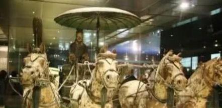 秦始皇铜车马上的伞是什么样的 逆天存在的高科技
