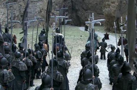 关羽和马谡都是立下军令状的人 为何关羽没事而马谡却被杀呢