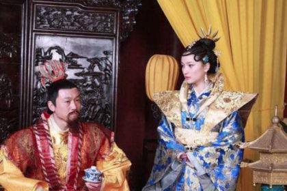 她是朱由校的养母,操控皇帝还想控制朝政