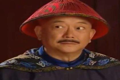 和珅是怎么当上第一权臣的位置的 和珅又是一个什么样的人