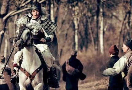 刘备称帝后曾经铸造过八口宝剑 刘备都把宝剑给了谁