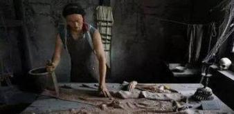 谋反罪按律凌迟,朱元璋为什么只扒了蓝玉的皮?
