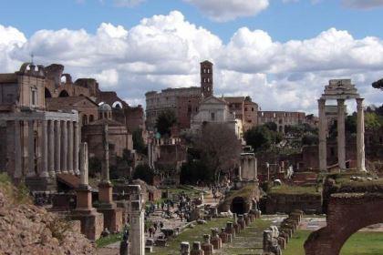 罗马政权衰落的时期,西哥特人是怎么生存的?