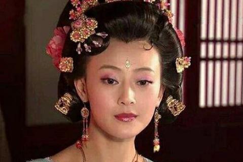 杜秋娘靠一首诗成皇帝爱妃,晚年却凄凉