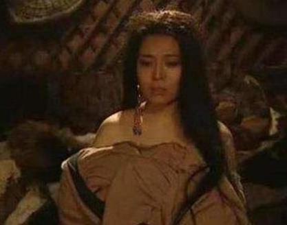 古代明知军营危险 为何女子还是要去军营呢