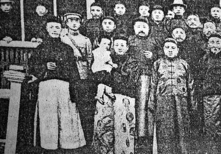 当初清廷撤藩并收回平西王大印 吴三桂造反的时候哪里来的军队呢