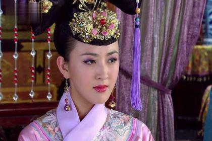 她是清朝唯一改嫁的皇后,最后却怀着孩子被赶出宫外
