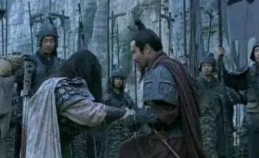 刘备摔阿斗的是出于什么目的 他的真正用意到底是什么样的