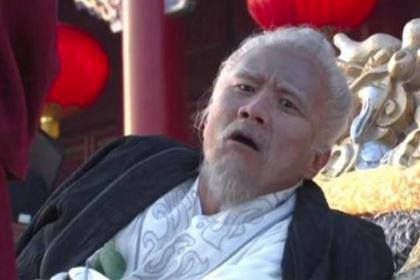 朱元璋问功臣:你儿子没佩剑囊?功臣竟把儿子杀死了