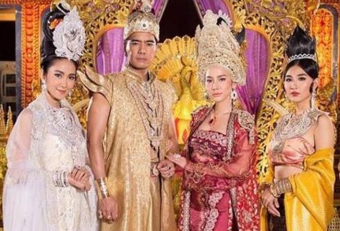 缅甸末代国王锡袍,为了皇位娶了三位同父异母的妹妹!