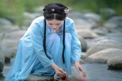 古代女子投河自尽时,都要在河边留一双绣花鞋