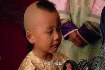 雍正的小儿子弘瞻,乾隆为什么把他过继给果亲王?
