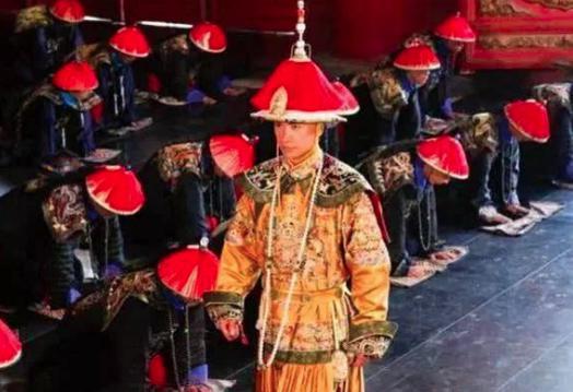 清朝官员上朝,为什么不能吃饭?
