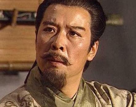 刘备屡战屡败为什么曹操还其视为最大对手呢 这又是为什么呢