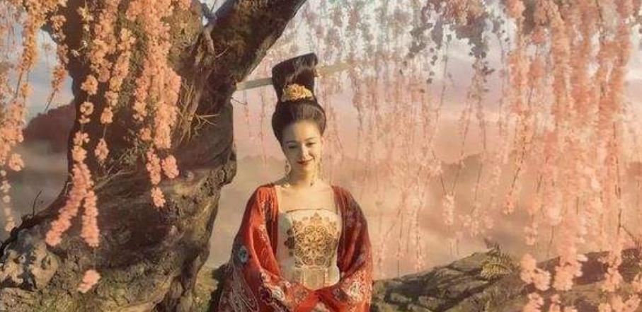 杨贵妃睡觉时有一坏习惯,普通人难以忍受,唐玄宗却很痴迷?