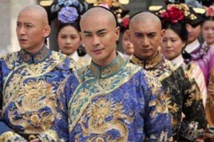 康熙63岁得一子,雍正为何把他当亲儿子养 ?