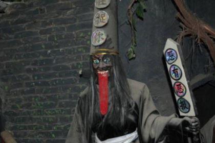 清朝一男子泄露天机造成大祸,最终吐血身亡
